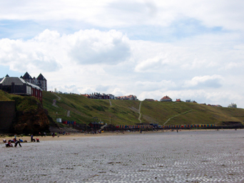 Whitby West Cliff Beach Photo